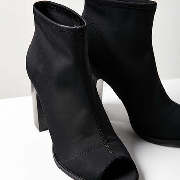 Open-Toe Glove Ankle Boot | Urban Outfitters