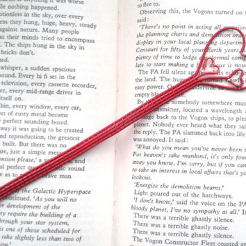 Red Hearts Bookmark, Metal Bookmark, Unique Bookmarks, Wire Weaved Red Valentines Book Page Marker, Book Accessories, Love Planner Bookmark