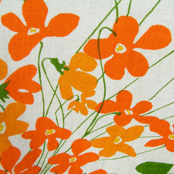 "Vintage Vera Printed Orange Flowers Oval Tablecloth 60"" x 80"" Think Spring"