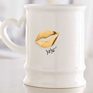 Gold Kiss Heart Shape Handle Ceramic Mug