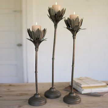 Metal Wavy Stem Candle Holders With Glass (Set of 3)