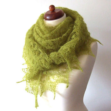 handknit lace shawl green triangle scarf