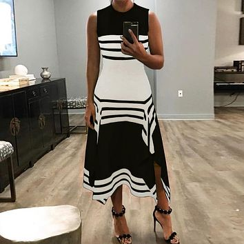 Fashionable Sexy Women's Dresses with Irregular Black-and-White Stripes Black collar Only one piece