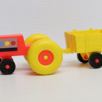 FISHER PRICE Little People Farm Tractor and Detachable Wagon, vintage toy, vintage farm toy, toy for child, retro gift for child