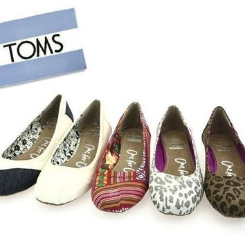 TOMS Women Fashion Colorful FLAT SHOES CLASSICS FLAT TOMS SHOES