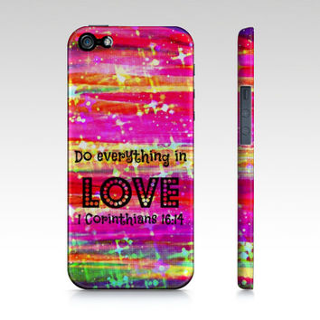 DO EVERYTHING in LOVE  iPhone 4 4s or 5 5s 5c 6 Case Bible Verse Corinthians Stripes Christian Art Purple Pink Abstract Scripture Biblical