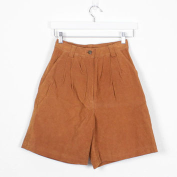 Vintage 80s Suede Shorts Brown Leather Shorts 1980s High Waisted Shorts Pleated Mom Shorts Tan Brown Sienna Hipster Shorts 26 S Small M