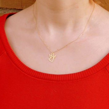 Gold filled dainty angel guardian necklace, everyday elegant protection dainty angel necklace baptism confirmation communion gift 487