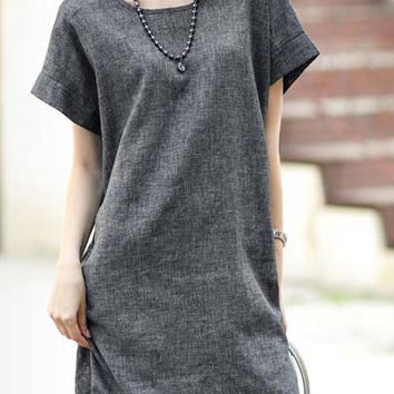 Grey Short Sleeve Loose Fitting Shift Dress