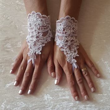 White Wedding gloves free ship bridal lace fingerless french lace arm warmers mittens cuff gauntlets fingerloop