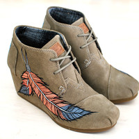 Painted Toms Wedges - Coral Feathers