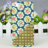 Dot Small Rose Hard Case Cover With Bronze Stud for Apple iPhone 5 Case iPhone 5 Cover iPhone 5 Case iPhone 5g