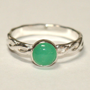 Green Chrysoprase Ring , Celtic Ribbon Ring, Green Sterling Silver Ring , Size 6 Ring, Irish Celtic Ring, Green Ring Maggie McMane Designs