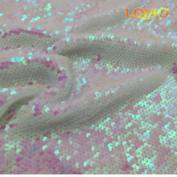 125*45CM Reversible Embroidered Mermaid Sequin Fabric White Changed Sequin Fabric For Dress/Tablecloth/Photo Backdrop Decoration
