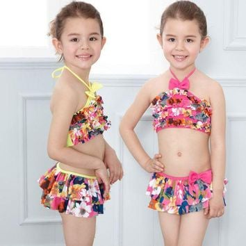 DCCK7N3 Girls bikini 2016 Cute Floral Sailor Child Bikini swimsuit swimwear with skirt bathing suit for kids baby girls Biquini with Cap