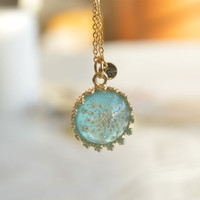 Initial necklace,Flower Jewelry, clear resin jewelry,mothers day necklace