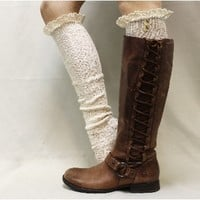 BKS2BL Natural Fleck Tall Lace Boot Socks