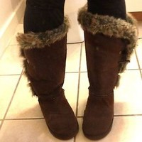 WET SEAL BROWN FAUX FUR SNOW BOOTS - SIZE 9 - NEW