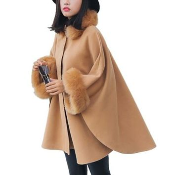 [15385] Fur Collar And Cuff Loose Cape
