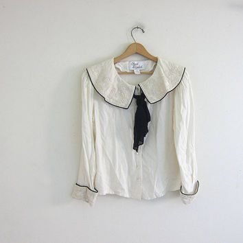 Vintage 90s rayon peasant blouse // white and black blouse with large colar and ascot tie / size 10