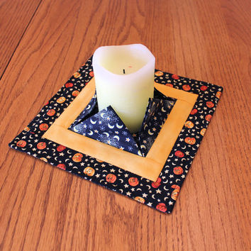 Halloween Quilted Candle Mat - Medium Black, Yellow + Orange Mini Quilt - Centerpiece, Vase or Plant Mat - Flamess Candle Mat - Hostess Gift