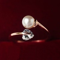 Pearl And Rhinestone Heart Cuff Ring (Slightly Adjustable)
