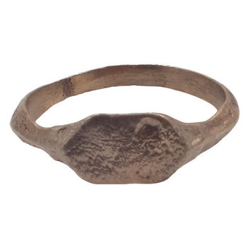 MEDIEVAL MAN'S PINKY RING C.13th-15th CENTURY