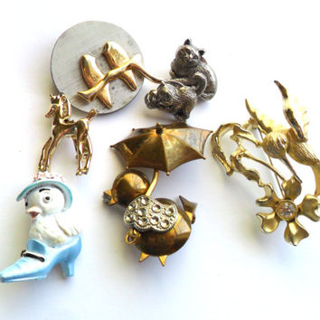 Vintage Animal Brooch Lot Figural Instant Collection Cat Bird Hummingbird Chick Horse Easter Tack Pin Wear Resell Resale Repurpose
