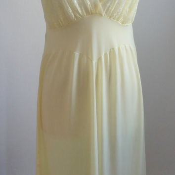 Vintage 1950s Light Yellow Miss Siren Nylon Nightgown Size Small / Medium