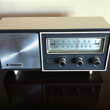 Bluetooth 1960's Panasonic Radio iPod/Mp3 Speaker