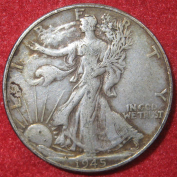 Silver Coin, 1945 USA, WW II Era Walking Liberty, Silver Half Dollar Coin,  Collectible 50 Cent Silver Coin, Philadelphia Mint Free S/H usa