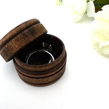 Wood ring box, ring bearer box, keepsake ring box, dark walnut wood box, rustic wedding, round box, country wedding, alternative
