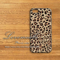 htc one case,Leopard,Blackberry Z10,Q10case,iphone 5S case,ipod 5,ipod 4,ipod,iphone 5C case,iphone 5 case,iphone 4 case,iphone 4S case,
