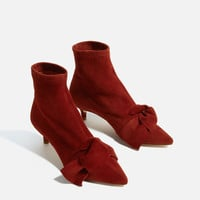 LEATHER KITTEN HEEL ANKLE BOOTS WITH RIBBON DETAILS