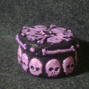 Skull box - sculpted polymer clay skull trinket box