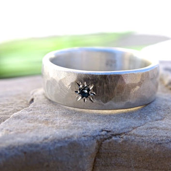 silver ring gemstone flush set, wedding band silver engagement ring, personalized mens ring, hammered ring band silver, mens wedding ring