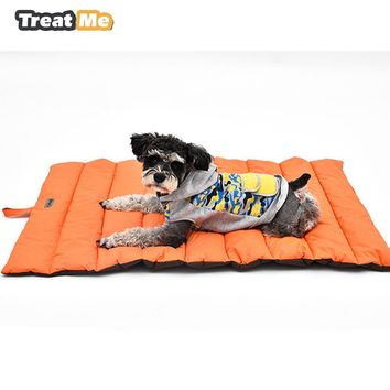 Outdoor Dog Mat Waterproof Pet Bed Portable Pet House Soft Comfortable Dog Beds For Large Dogs Not Sticky Hair Kennel