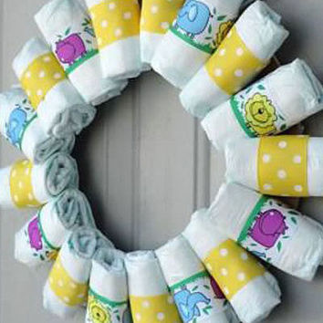 "Custom Baby Diaper Wreath ""Welcome to the Jungle"""