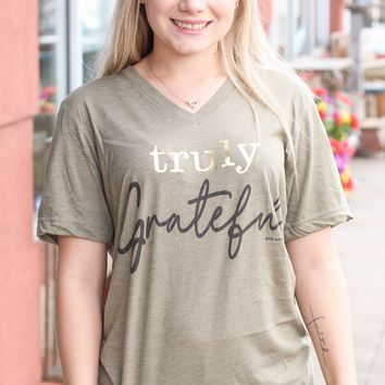 {H. Olive} Truly Grateful Tee - Size MEDIUM