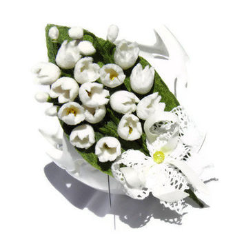 Lily of the Valley/ felted boutonniere/ Felt flower/white green /gift idea for her /Wedding Boutonniere/ Ready to ship