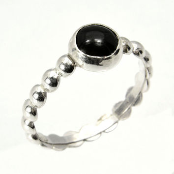 Onyx Stacking Ring with Bead Band, Sterling Silver Petite Stacking Ring with Black Onyx Cabochon