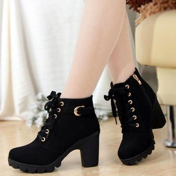 2016 New Autumn Winter Women Boots High Quality Solid Lace-up European Ladies shoes PU