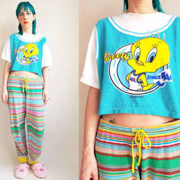 90s Looney Tunes Tshirt Tweety Bird Space Jam Crop Top Vintage Crop Top 90s Tshirt 90s Hip Hop 90s Basketball Vintage Tweety Bird Size Med