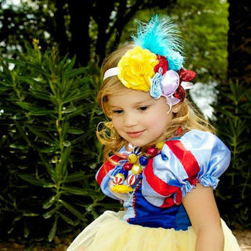 Snow White Headband - Snow White Birthday - Snow White Costume - Snow White Bow - Snow White Dress - Halloween Headband