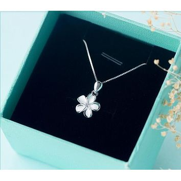 "Real. 925 Sterling Silver White Enamel Daisy Flower Plumeria Hawaii Necklace Hibiscus Pendant With CZ chain 18"" gtlx608"