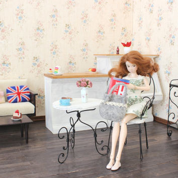 1/6 scale Table and Chair french bistro set for dolls (Blythe, Barbie, Bratz,  Momoko). Shabby Chic style