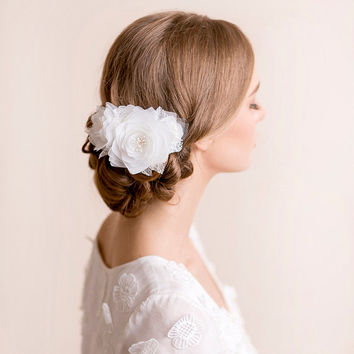 Bridal Hair Comb Lotus Flower - Wedding Hair Comb - Bridal Hairpiece Lotus Flower - Bridal Headpiece - Wedding Headpiece
