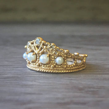 14K yellow gold tiara crown ring, vintage filigree art nouveau jewelry, ladies gold princess ring