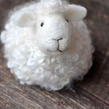 DIY Kit - Sheep Needle Felting Kit - Lamb Craft Kit