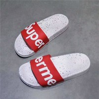 SUPREME Fashion casual men and women white star bottom flip flops shoes C-A-HRWM Red